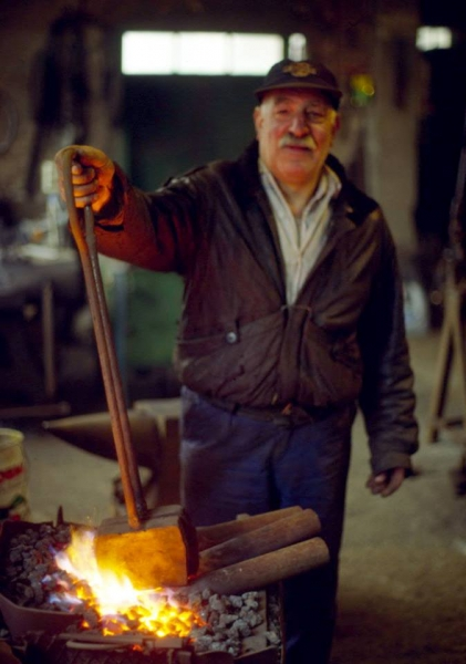 Enrico Bessini, maestro forgiatore - Foto di Gianni Ottonello
